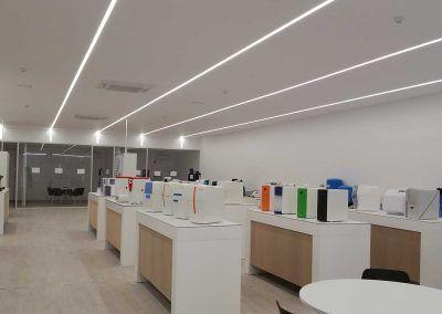 ionfilter-instalación-luminarias-led-sala-productos-luxes