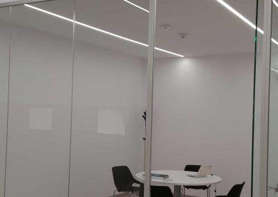 ionfilter-instalación-luminarias-led-sala-reuniones-luxes