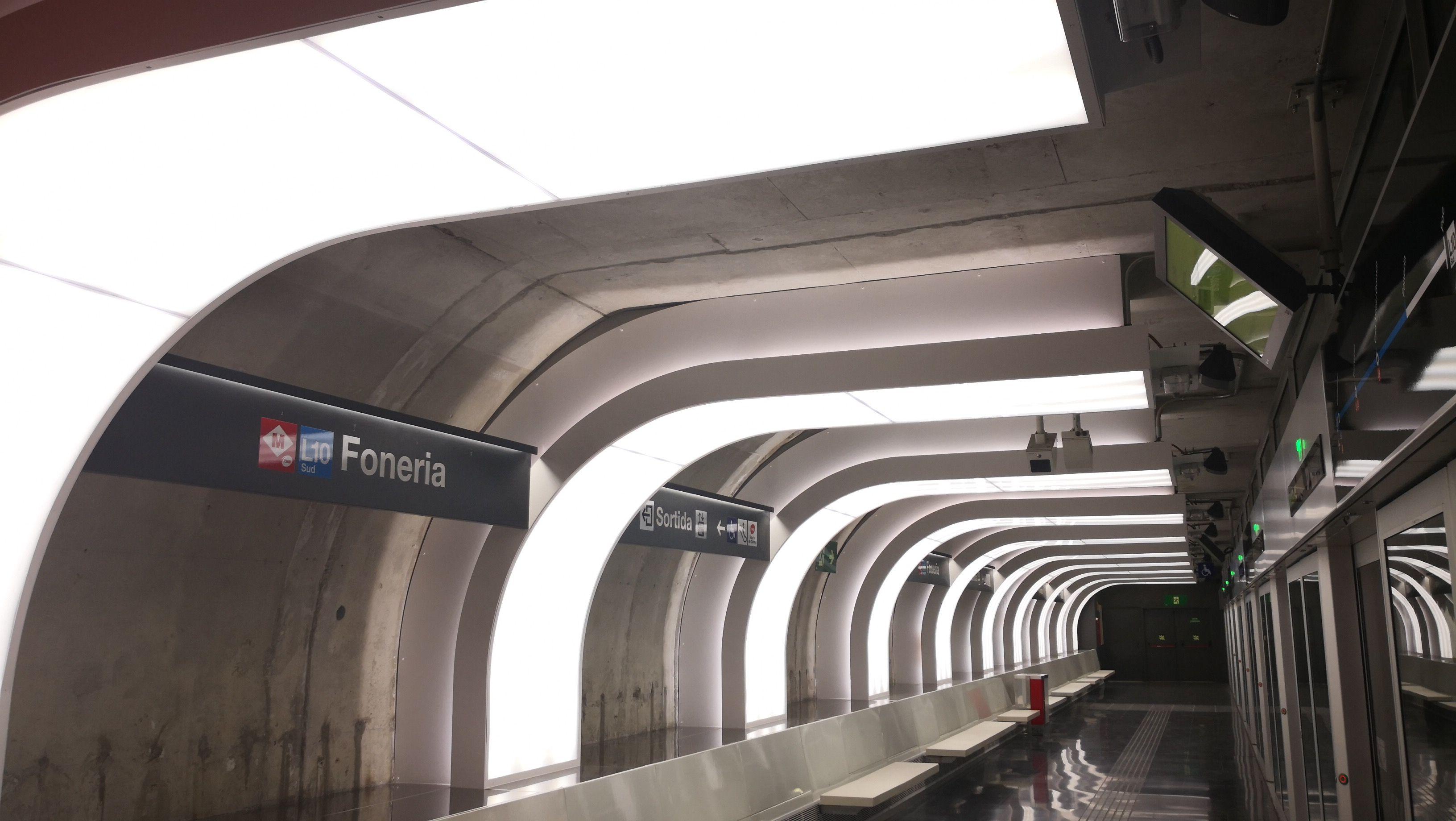 luminaria-geminy-luxes-estacion-metro-foneria-barcelona
