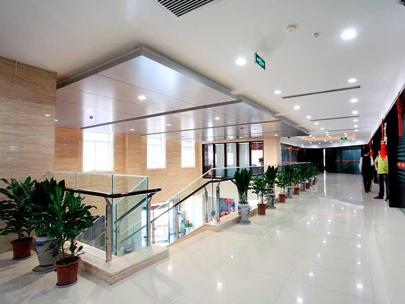 iluminacion-led-oficinas-luxes-mataro-barcelona