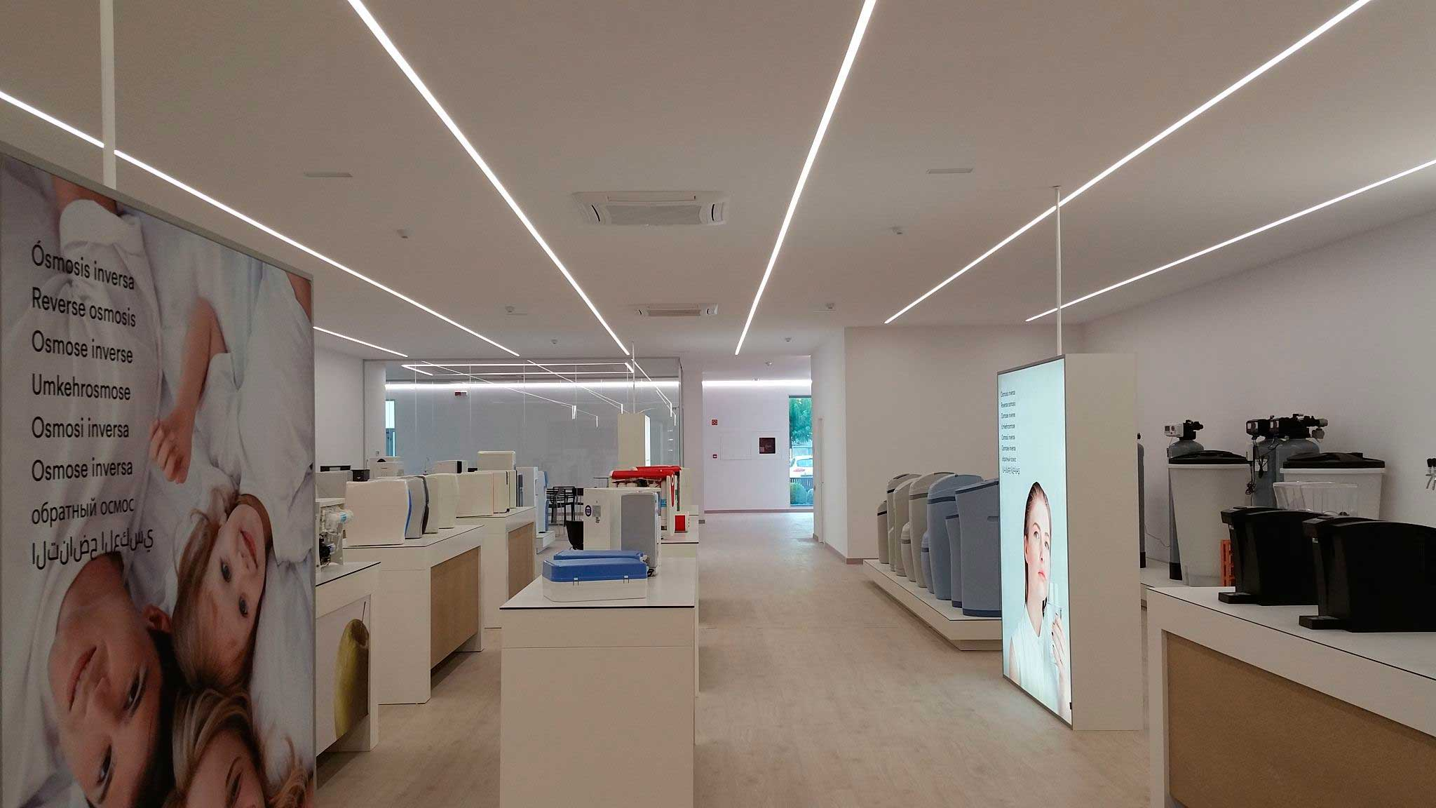 Energia sostenible, reduccion de consumo mejora del bien estar gracias a la iluminación led integrada por luxes