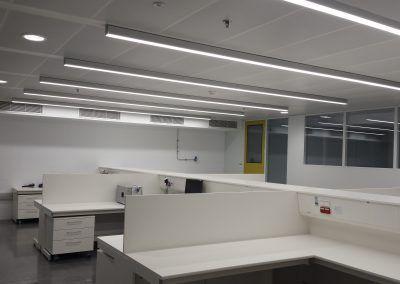 salas de producción luminaria LED